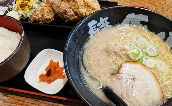 ラーメン豚八唐揚げ定食