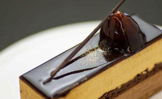 リビドー松江店 キャラメルチョコ ケーキ