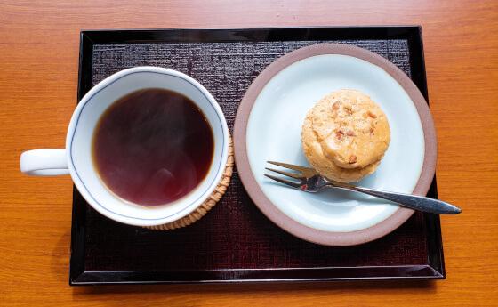 メルモのおやつ 日替わりセット コーヒー ケーキ