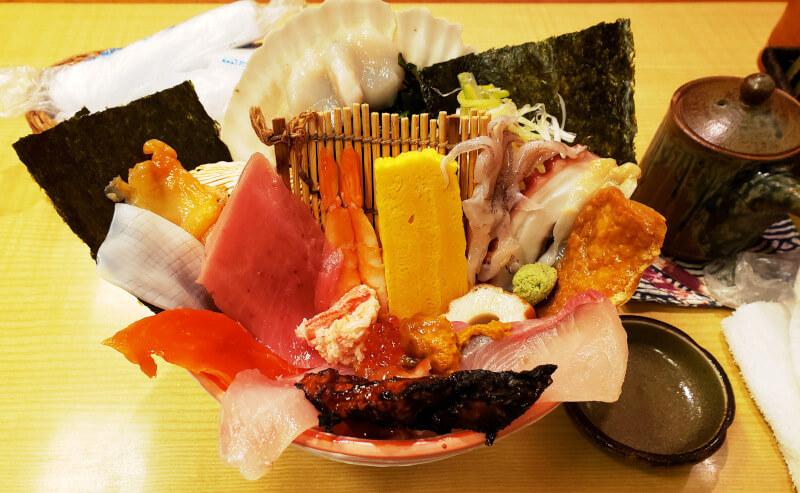 玉造温泉にある若竹寿司の海鮮丼