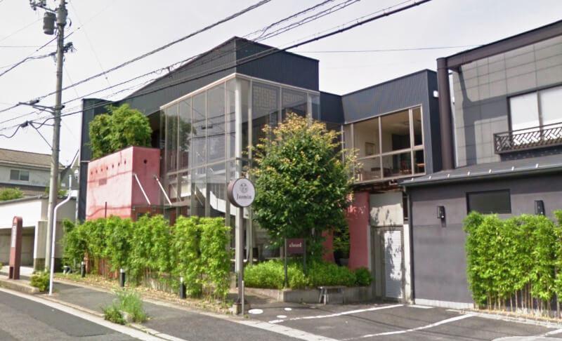 松江市にあるジャスミンの外観