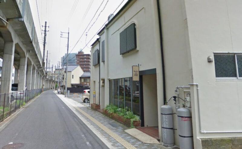 松江市寺町にあるカメの食堂の外観