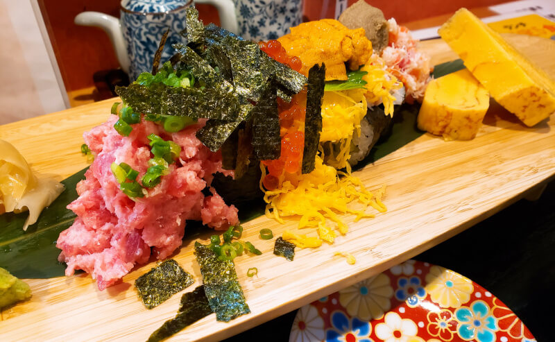寿司ダイニングののっけ寿司