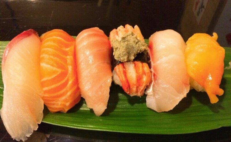 松江市玉湯町にある若竹寿しの握り寿司