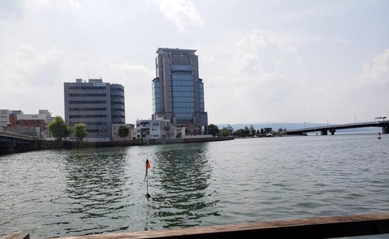 松江市にあるなにわ本店からの眺め