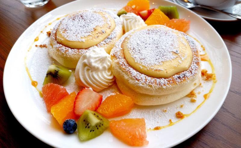 松江市学園にあるカフェリラックスのパンケーキ