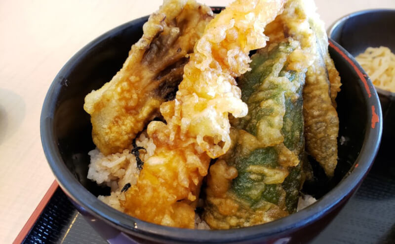 松江市朝日町にある一福そばの天丼