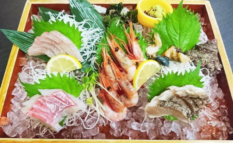 松江市学園にあるレインボープラザ内の海鮮居酒屋隠岐のお刺身