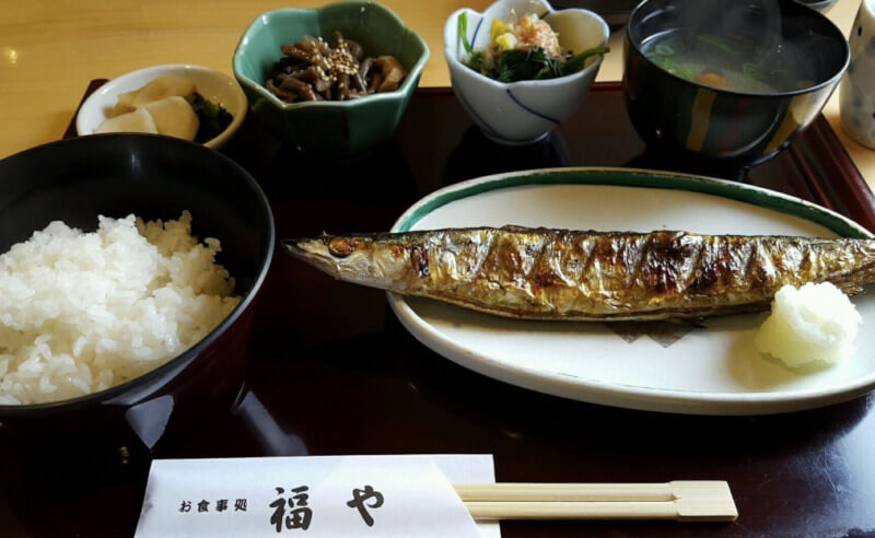 松江市にある福やの定食