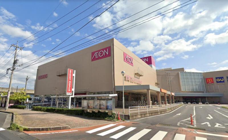 松江市東朝日町にあるイオン松江店の外観