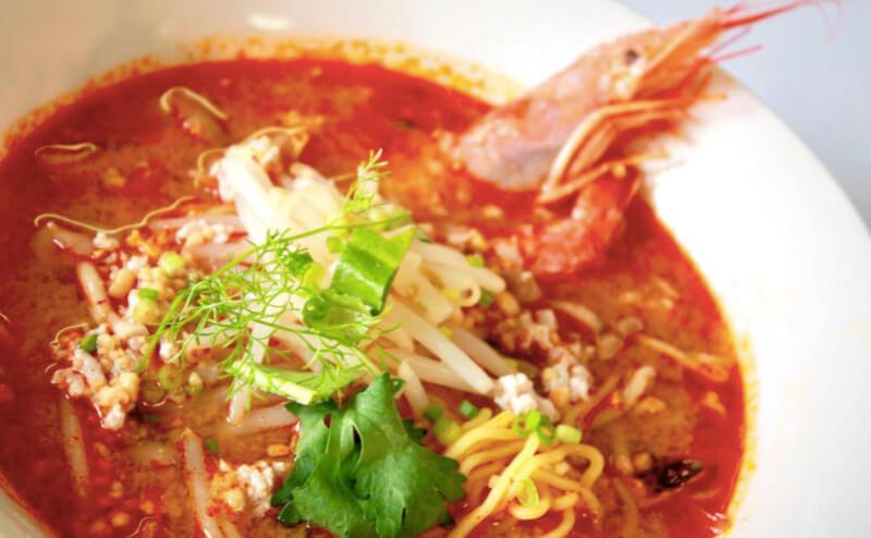 松江市にあるタイ食堂カオホムクルアタイのラーメン