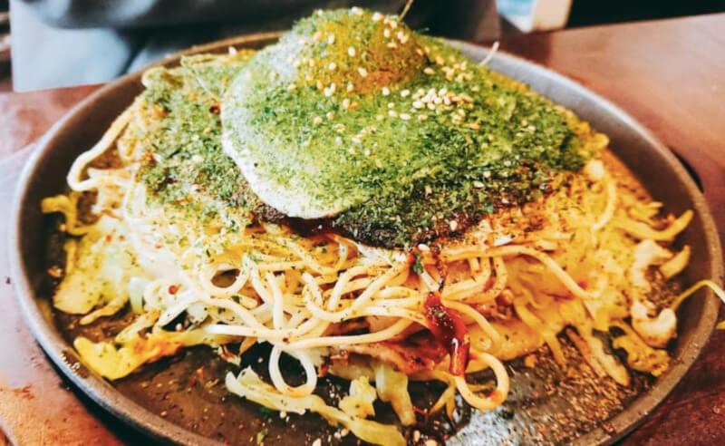 松江市西津田にある広島風お好み焼きはここのお好み焼き