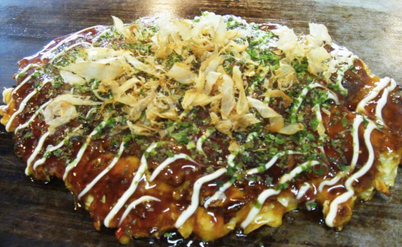 松江市春日町にあるお好み焼き一座のお好み焼き